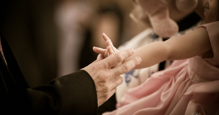 When Stars Align: Photography Tips for Capturing the Special Moment at a Baptism